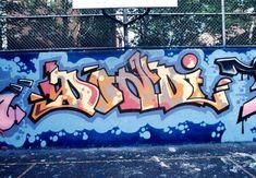 Gotham's Greatest Graffiti Love Graffiti, New York Graffiti, Graffiti Writing, Graffiti Wall Art, Graffiti Lettering, Graffiti Artists, 3d Street Art, Street Art Graffiti, Graffiti History