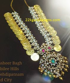 Kasu Haram latest jewelry designs - Page 8 of 36 - Indian Jewellery Designs Indian Jewellery Design, Latest Jewellery, Jewelry Design, Designer Jewelry, Small Necklace, Necklace Set, Gold Necklace, Diamond Jewelry, Gold Jewelry