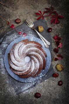 Fräulein Klein : saftiger Maronen-Mandelkuchen mit Schokolade und Kastanienausbeute