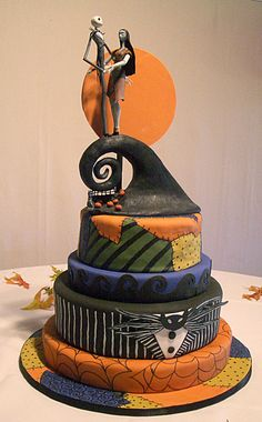 This was a spooky cake for a Halloween wedding based on The Nightmare Before Christmas. The tiers are covered with fondant, spiderwebs and stitching created with edible markers. The bride provided the cake topper, but the moon was made with. Halloween Torte, Pasteles Halloween, Bolo Halloween, Halloween Wedding Cakes, Christmas Wedding Cakes, Theme Halloween, Cake Wedding, Christmas Topper, Wedding Topper