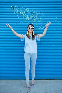 Jennifer Lake Style Charade in Hue novelty socks, gingham capri pants, distressed denim leggings, and colorful socks at Chicago street art murals and walls Tassel Earrings Outfit, Yellow Tassel Earrings, Tassel Earing, Gingham Pants, Blue Gingham, Casual Bags, Casual Dresses, Indian Accessories, Novelty Socks