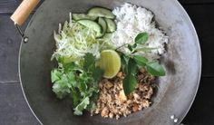 Pork and prawn thai curry