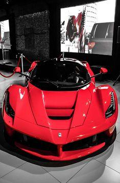 Ferrari Laferrari~ LadyLuxuryDesigns