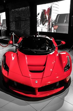 Ferrari Laferrari~ LadyLuxuryDesigns Wow, Este é fenomenal. Amei é demais!!!!!