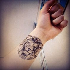 lion tattoo designs (4)