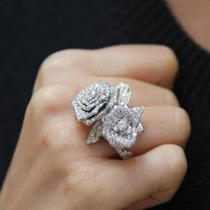 Rose Dior Bagatelle diamond ring #WhiteGoldJewellery