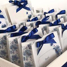 Kit toilette dos sonhos ❤️️❤️️❤️️  #noiva #noivo #groom #bride #casamento #wedding #identidadevisual #padrinho #convitedecasamento #weddingstationery #stationery #fashion #watercolor #weddinginvitation #finepaper #bridetobe #custommade #handmade #yukifujitabrasil