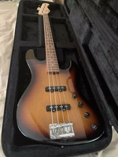 [DISCOUNT] $1725.0 Sadowsky - Pre Warwick- metro 4 string Stunning Bass Guitars For Sale, Music Instruments, Musical Instruments