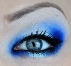 Blue eyeshadow Board Inspired by #GotItFree #SoleilGlow
