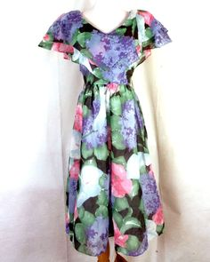 vtg 80s Opening Night AWESOME Floral Layered Dress Cutout V Neck Back 35 bust Vintage Outfits, Opening Night, Floral Patterns, 80s Fashion, Vintage Ladies, Short Sleeve Dresses, V Neck, Summer Dresses, Awesome