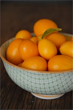 this homemade kumquat marmalade is a perfect marriage of sweet and tart. with just the ideal amount of rind. Fruit And Veg, Fruits And Veggies, Fresh Fruit, Citrus Fruits, Vegetables, Kumquat Tree, Kumquat Recipes, Fruit Packaging, Health And Wellbeing