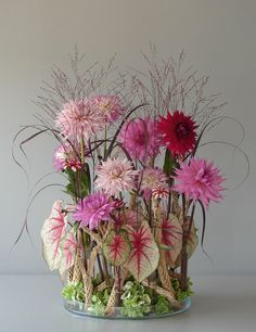 Andreas Verheijen is a master florist - a flower engineer of sorts. He will often take flowers apart and stitch the elements together in new ways. Image from paradisexpress.blogspot.com