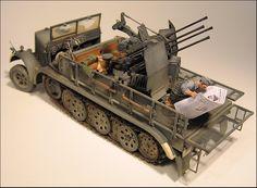Sdkfz 8T Half Track 1/35 Scale Model
