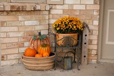 front  porch decor ...
