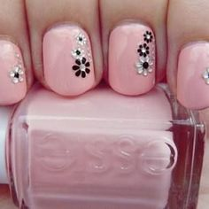 Easy tutorials and pictures of cute nail art designs for short nails. Floral nail art,striped nail art and dotted nail art for short nails Get Nails, Fancy Nails, Pink Nails, Pretty Nails, Black Nails, White Nails, Short Nail Designs, Nail Art Designs, Nails Design