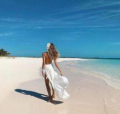Beach Fun, Summer Beach, Summer Vibes, Romantic Beach, Beach Poses, Beach Shoot, Photo Instagram, Insta Photo, Instagram Feed