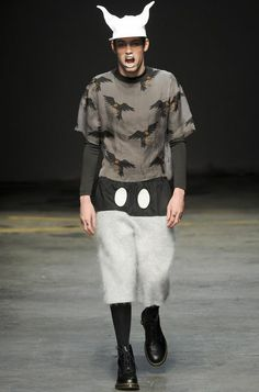 Monochromatic Combatant Fashions - Calvin Klein Fall/Winter 2014 Menswear Plays Up Military Themes (GALLERY)