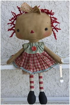 Primitive Cute Reproduction Handmade Raggedy Ann Dolls and Patterns plus Fabric Toy Art, Ann Doll, Monster Dolls, Raggedy Ann And Andy, Sewing Dolls, Old Dolls, Primitive Crafts, Soft Sculpture, Fabric Dolls