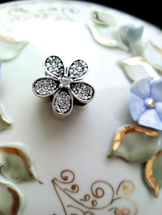 Flower Charm Charmed, Brooch, Jewellery, Flowers, Desserts, Food, Tailgate Desserts, Jewels, Deserts