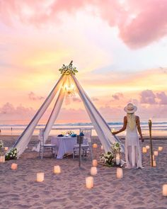 What dreams are made of! A Romantic sunset dinner set up for two #destinationweddingplanner