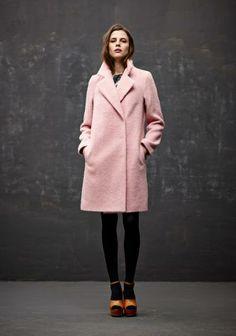 How to wear pink coat pastel ideas for 2019 Karen Walker, Pink Fashion, Fashion Looks, Womens Fashion, Net Fashion, Winter Wear, Autumn Winter Fashion, Rosa Style, Streetwear