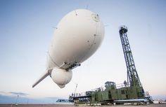 Sterowce US Army zawisną nad Waszyngtonem. Radary wykryją pociski i drony z 500 km. http://www.tvn24.pl/wiadomosci-ze-swiata,2/sterowce-us-army-beda-bronic-waszyngtonu,499904.html
