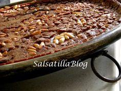 Castagnaccio, Tipico delle zoneappenninichediPiemonte,Liguria,Toscana, Umbria, Lazio,EmiliaeRomagna,Calabria. Un dolce tipico tradizionale.