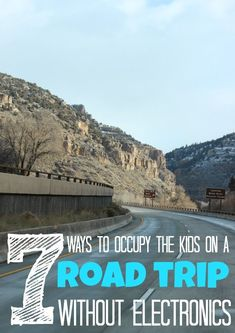 Want your kids to remember more about vacation than what movie was playing in the DVD? Here are 7 Ways to Occupy the Kids on Road Trips without Electronics. Road Trip With Kids, Family Road Trips, Travel With Kids, Family Travel, Family Vacations, Ways To Travel, Best Places To Travel, Travel Tips, Rv Travel