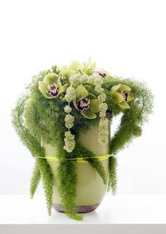 green cymbidium Ton sur Ton flower arrangement  - (re) Pinned by www.westpointorchids.com
