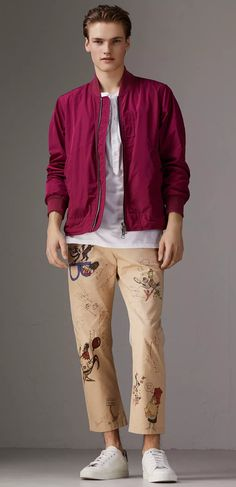 A lightweight bomber jacket by designed to flex with the body in shape-memory taffeta. The crease-resistant layer is ideal for changeable weather, and will slip easily into a rucksack. Burberry Print, Weekend Wear, Menswear, Men's Jackets, Mens Fashion, Louis Tomlinson, Guys, Coat, Moda Masculina