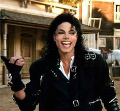 Michael Jackson with such a happy face!