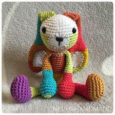 Anleitung kleiner Hasi - Nephi-Handmade - New Ideas Crochet Rabbit, Crochet Toys, Free Crochet, Basic Crochet Stitches, Crochet Patterns, Knitted Animals, Knitted Headband, Textiles, Toys For Girls