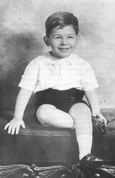 [BORN] Leonard Nimoy / Born: Leonard Simon Nimoy, March 26, 1931 in Boston, Massachusetts, USA