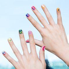 Sports teams on Nail Art Studio! Jamberry Fall, Jamberry Nail Wraps, Jamberry Style, Fall Jams, Football Nails, College Football, Spirit Finger, Nail Art Studio, Latest Nail Art