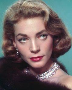 Lauren Bacall in 1955 - Great Beauty: Lauren Bacall - Nieuws - Beauty