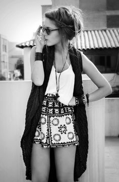 Summer Boho Chic | Tank Top, Shorts, Chunky Knit Sleeveless Cardi
