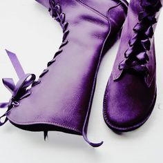 Stylish Purple boots for every Merlot fan Purple Love, Purple Shoes, All Things Purple, Shades Of Purple, Purple Stuff, Deep Purple, Timothy Green, Dc Batgirl, Sailor Saturn