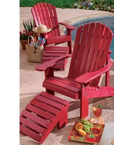 Incredibly delicious skinny strawberry almond crumble with 5 Weight Watchers Points Plus Value - a great Easter Dessert Outside Furniture, Pallet Furniture, Painted Furniture, Outdoor Furniture, Lawn Chairs, Outdoor Chairs, Outdoor Decor, Wooden Chairs, Side Chairs