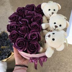 Happy Birthday Flower, Cute Birthday Gift, Friend Birthday Gifts, Candy Bouquet Diy, Diy Bouquet, Flower Box Gift, Flower Boxes, Valentines Day Baskets, Valentine Gifts