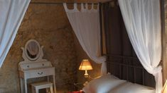 A walk from Amboise Castle, this bed and breakfast is set in an original, quarry and is carved out of the rock. It features a heated swimming pool in a traditional, underground cave.