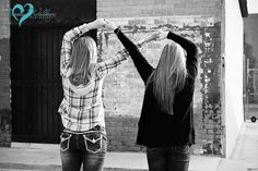 sister photography infinity sign