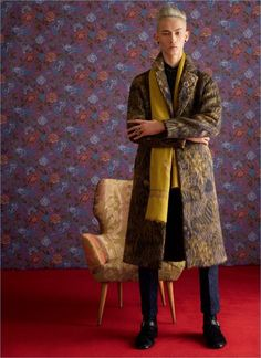 661a1607cd8 Etro Takes a  Dandy Detour  for Fall  18 Collection