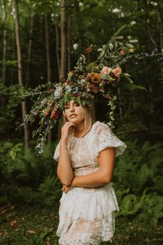 "Free-Spirited New Hampshire Elopement Inspiration in the White Mountains – Compass Collective – Wild and Wed 24 Set in a mystical Northeastern forest, this ""Live Free"" quirky & cool wedding inspo gives us rock & roll vibes! #bridalmusings #bmloves #rocknroll #livefree #coolbride #altbride #weddinginspiration #weddinginspo #weddingphotographer"