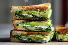 April is National Grilled Cheese Month, so we're celebrating by posting a grilled cheese sandwich every day. See all of our grilled cheese sandwiches >> here << . After (re)discovering Green Goddess early last year, we've […] Grilled Cheese Avocado, Grilled Cheese Recipes, Spinach And Cheese, Goat Cheese, Grilled Cheeses, Baby Spinach, Grill Sandwich, Healthy Instagram, Cookies Banane