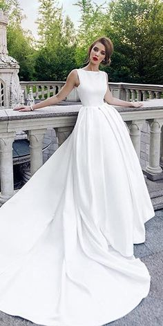 Excellent And Elegant Silk Wedding Dresses ★ See more: https://weddingdressesguide.com/silk-wedding-dresses/ #bridalgown #weddingdress