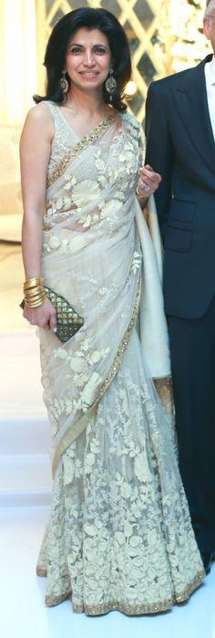 Sari Season