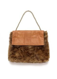 Erin Faux Fur Clutch | Top | Isabella Oliver Maternity #HolidayStyle12