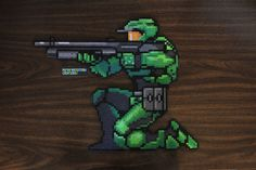 This one is for all you Halo fans out there! I've been wanting to make Master Chief for a while now, but before I got my Artkal beads I wouldn't have been able to. Perler is great an all, but didn't really have the 5 or whatever shades of green I...