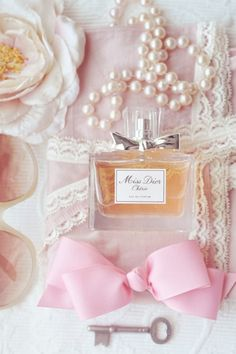Miss Dior. Not my favorite scent but still good.