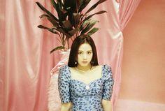 Image may contain: 1 person, indoor Yg Entertainment, South Korean Girls, Korean Girl Groups, Rapper, Blackpink Photos, Jennie Blackpink, Blackpink Jisoo, Airport Style, Fashion Studio